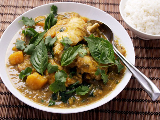 Thai Green Chicken Curry With Eggplant and Kabocha Squash